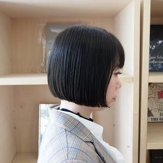モード オフィス ミニボブ ダークアッシュ ヘアスタイルや髪型の写真・画像