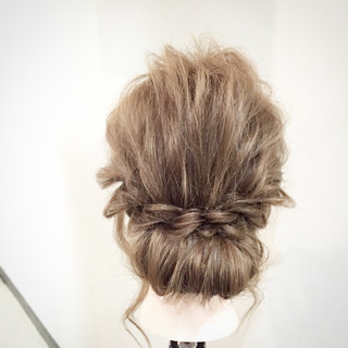 ヘアアレンジ セミロング ショート ロープ編み ヘアスタイルや髪型の写真・画像 ヘアスタイルや髪型の写真・画像