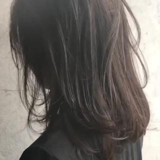スロウ ナチュラル セミロング ヘアメイク ヘアスタイルや髪型の写真・画像
