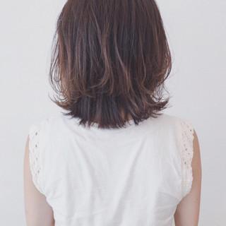 外ハネ バレイヤージュ 外国人風カラー ミディアム ヘアスタイルや髪型の写真・画像