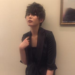 かっこいい モード 外国人風 ジェンダーレス ヘアスタイルや髪型の写真・画像