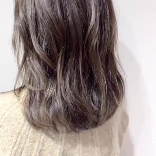 ハイトーン ナチュラル ベージュ 透明感 ヘアスタイルや髪型の写真・画像