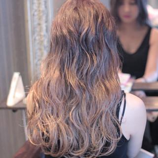 ハイライト 外国人風 ストリート ロング ヘアスタイルや髪型の写真・画像