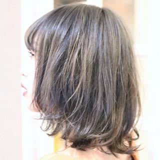 ミディアム ハイライト フェミニン ダブルカラー ヘアスタイルや髪型の写真・画像