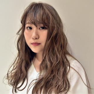 ガーリー パーマ アンニュイ 外国人風 ヘアスタイルや髪型の写真・画像 ヘアスタイルや髪型の写真・画像