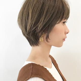 小顔ショート ハンサムショート ショートボブ ショートヘア ヘアスタイルや髪型の写真・画像 ヘアスタイルや髪型の写真・画像