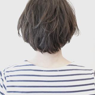 アッシュ ストリート ゆるふわ デート ヘアスタイルや髪型の写真・画像