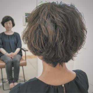 くせ毛風 ナチュラル パーマ ゆるふわ ヘアスタイルや髪型の写真・画像 ヘアスタイルや髪型の写真・画像