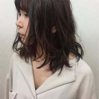 暗髪 パーマ ナチュラル アッシュ ヘアスタイルや髪型の写真・画像