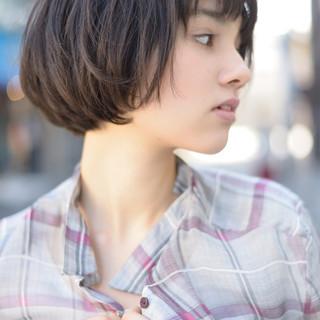 黒髪 外国人風 ショート マッシュ ヘアスタイルや髪型の写真・画像