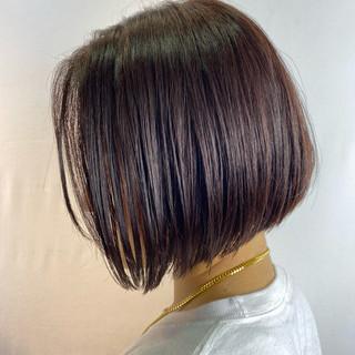 ショートヘア ベリーショート 切りっぱなしボブ ショートボブ ヘアスタイルや髪型の写真・画像