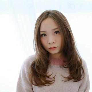 ロング 大人女子 フェミニン 前髪あり ヘアスタイルや髪型の写真・画像
