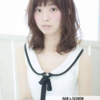 モテ髪 ミディアム フェミニン ナチュラル ヘアスタイルや髪型の写真・画像