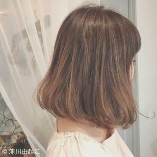 外国人風カラー デート ボブ ゆるふわ ヘアスタイルや髪型の写真・画像