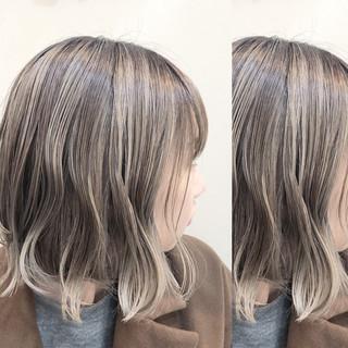 アンニュイほつれヘア デート ナチュラル ハイライト ヘアスタイルや髪型の写真・画像