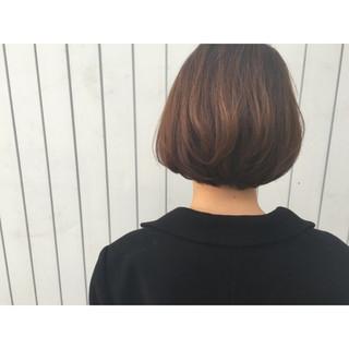 暗髪 ゆるふわ 前髪あり アッシュ ヘアスタイルや髪型の写真・画像