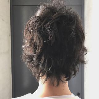 オフィス ショート ストリート 無造作 ヘアスタイルや髪型の写真・画像 ヘアスタイルや髪型の写真・画像