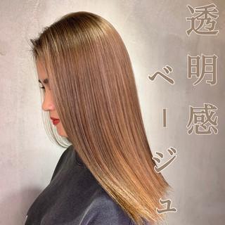 エレガント 大人ハイライト ロング ベージュ ヘアスタイルや髪型の写真・画像