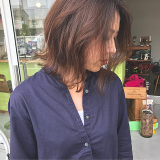 グラデーションカラー ウェーブ アンニュイ リラックス ヘアスタイルや髪型の写真・画像