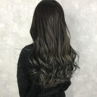 透明感 ロング 黒髪 グレージュ ヘアスタイルや髪型の写真・画像