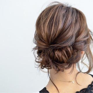 外国人風 ゆるふわ 簡単ヘアアレンジ フェミニン ヘアスタイルや髪型の写真・画像