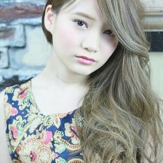 ガーリー ロング フェミニン 外国人風 ヘアスタイルや髪型の写真・画像
