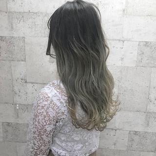 外国人風カラー ダブルカラー ロング ハイトーン ヘアスタイルや髪型の写真・画像