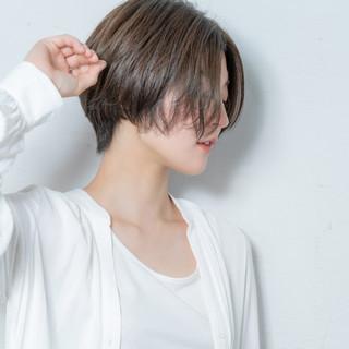 ショート ナチュラル ハンサムショート デート ヘアスタイルや髪型の写真・画像