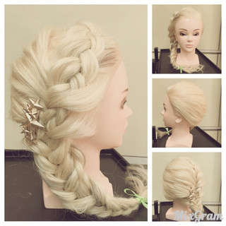フィッシュボーン ガーリー ヘアアレンジ 大人女子 ヘアスタイルや髪型の写真・画像