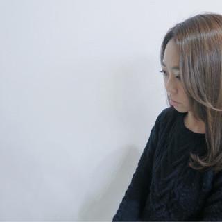 大人女子 かっこいい 小顔 ガーリー ヘアスタイルや髪型の写真・画像
