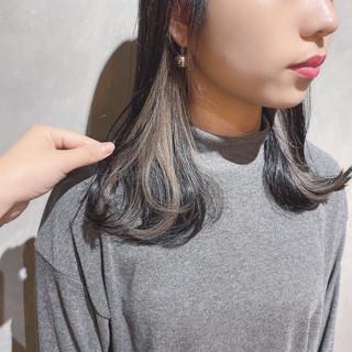 外国人風カラー ウルフカット ナチュラル ミディアム ヘアスタイルや髪型の写真・画像