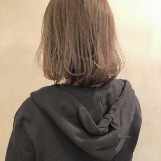 オルチャン ミルクティー ミニボブ ミルクティーベージュ ヘアスタイルや髪型の写真・画像