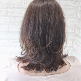 銀座美容室 アディクシーカラー ウルフカット ハイトーンカラー ヘアスタイルや髪型の写真・画像
