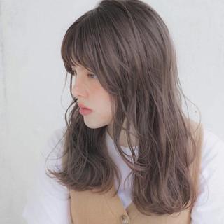 デート セミロング ウェーブ ナチュラル ヘアスタイルや髪型の写真・画像 ヘアスタイルや髪型の写真・画像