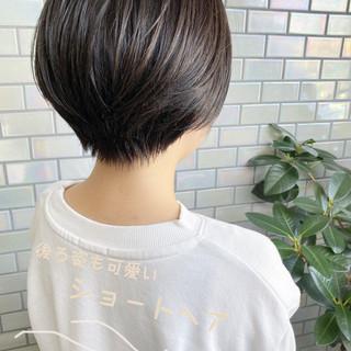 ショートボブ 大人かわいい デート オフィス ヘアスタイルや髪型の写真・画像