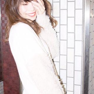 大人かわいい グラデーションカラー アンニュイ セミロング ヘアスタイルや髪型の写真・画像