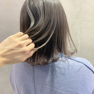 ハイライト セミロング ストリート バレイヤージュ ヘアスタイルや髪型の写真・画像