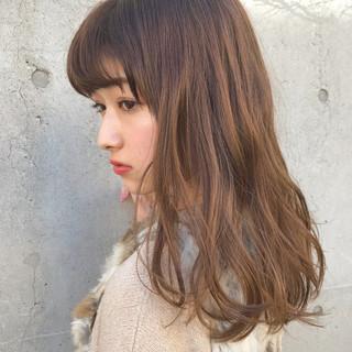 ヘアアレンジ ブラウンベージュ デート ナチュラル ヘアスタイルや髪型の写真・画像