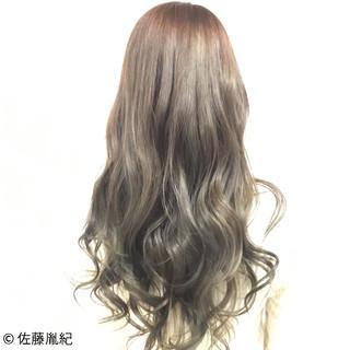 透明感 デート ロング 上品 ヘアスタイルや髪型の写真・画像 ヘアスタイルや髪型の写真・画像