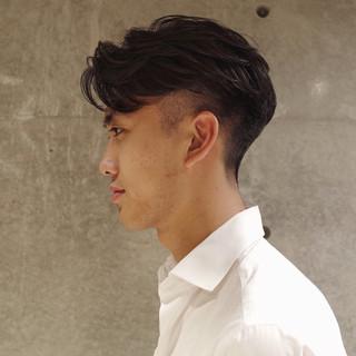 刈り上げ メンズヘア ナチュラル ツーブロック ヘアスタイルや髪型の写真・画像 | 刈り上げ・2ブロック専門美容師 ヤマモトカズヒコ / MEN'S GROOMING SALON AOYAMA by kakimoto arms