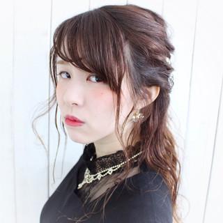 パールアクセ ヘアピン ロープ編み ハーフアップ ヘアスタイルや髪型の写真・画像