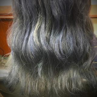 波ウェーブ ダブルカラー ヘアアレンジ ハイトーン ヘアスタイルや髪型の写真・画像