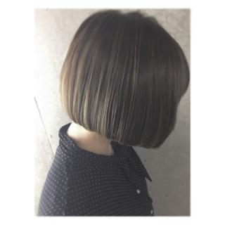 切りっぱなし モード グラデーションカラー ハイライト ヘアスタイルや髪型の写真・画像