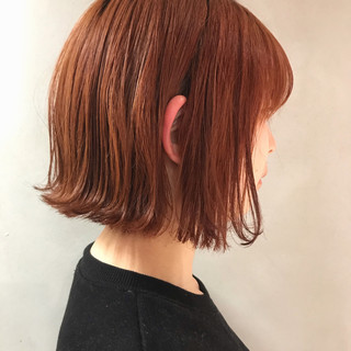 ボブ オレンジカラー ブリーチ オレンジブラウン ヘアスタイルや髪型の写真・画像