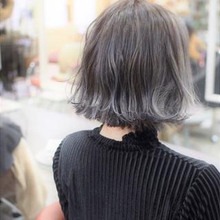ボブ 透明感 グラデーションカラー こなれ感 ヘアスタイルや髪型の写真・画像