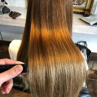 ロング 髪質改善 髪質改善トリートメント 縮毛矯正 ヘアスタイルや髪型の写真・画像