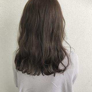 春 波ウェーブ セミロング ロブ ヘアスタイルや髪型の写真・画像