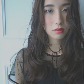 冬 外国人風 暗髪 ロング ヘアスタイルや髪型の写真・画像