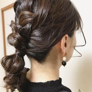 編み込み ガーリー ヘアアレンジ 成人式 ヘアスタイルや髪型の写真・画像