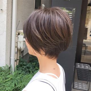 ベリーショート ショートボブ 小顔ショート 外ハネボブ ヘアスタイルや髪型の写真・画像